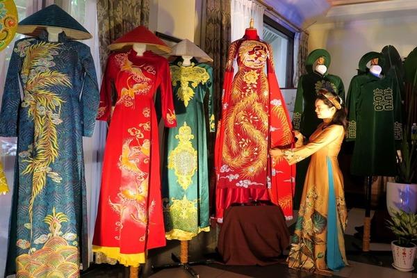 Áo dài Huế - Truyền thống văn hóa dân tộc