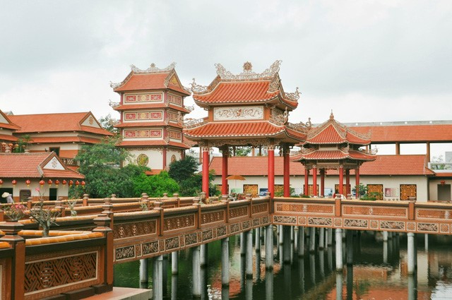 Du lịch tâm linh Đà Nẵng